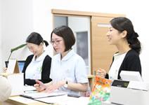 福岡市 堺整骨院グループの会計風景